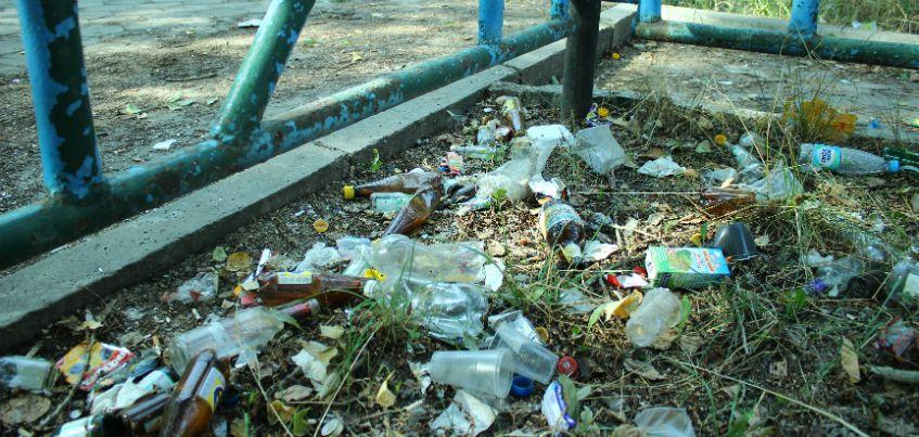 Отвратное лицо города: почему аллея рядом со сквером Титова в Ижевске находится в таком плачевном состоянии?