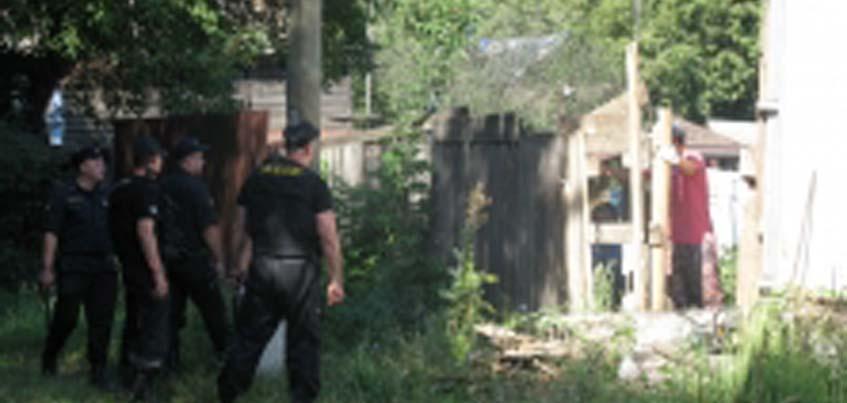 Ижевчанка, незаконно занявшая участок на улице Горького, отказалась его освободить