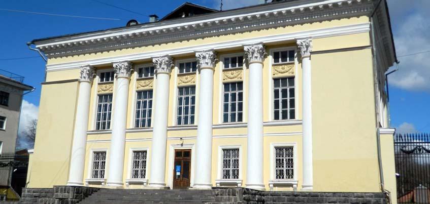 В Национальной библиотеке Удмуртии откроется культурно-просветительский центр иностранной литературы