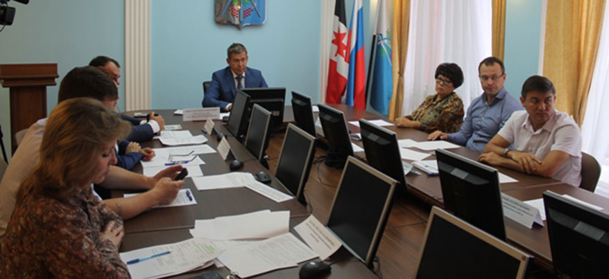 Власти Ижевска ведут работу по взысканию задолженности по обязательным платежам