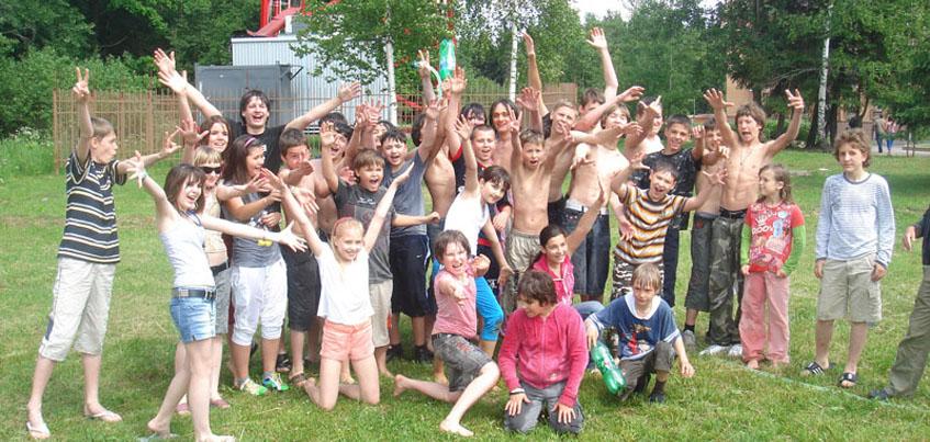229 детей из Удмуртии этим летом смогли отдохнуть на Азовском и Черном море