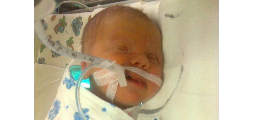 4-месячный Линар из Удмуртии, который не мог самостоятельно дышать, получил кислородный концентратор