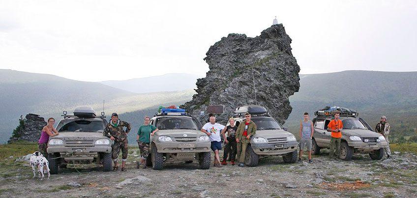 Ижевские туристы на перевале Дятлова помогли спасти мужчину, упавшего в ущелье