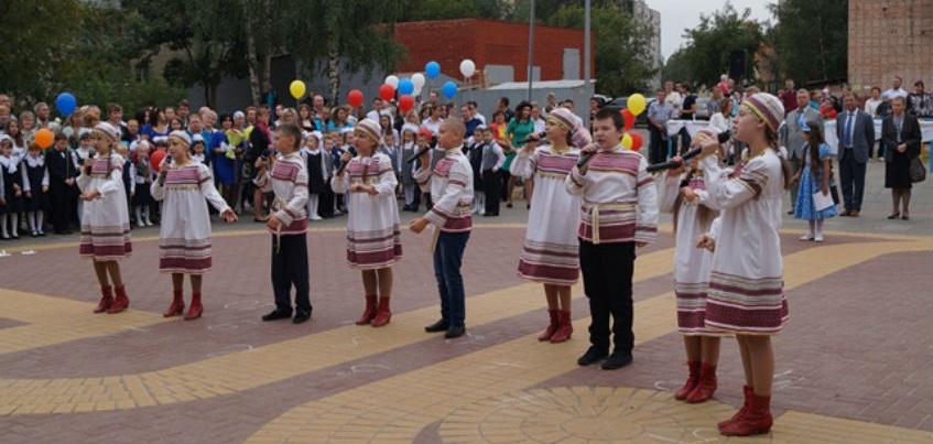 Глава Ижевска принял участие в торжественных линейках, посвященных Дню знаний
