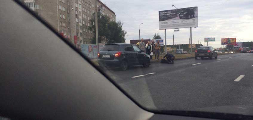 В Ижевске на улице Ленина на пешеходном переходе сбили пожилого мужчину