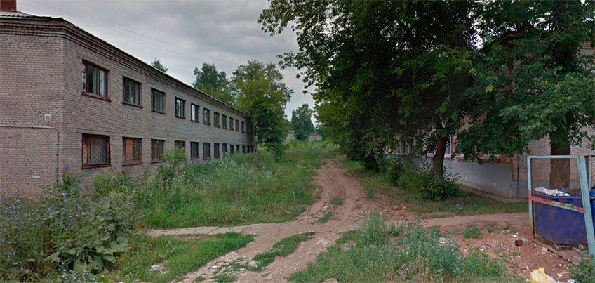 Есть вопрос: кто следит за заброшенными домами в Ижевске?