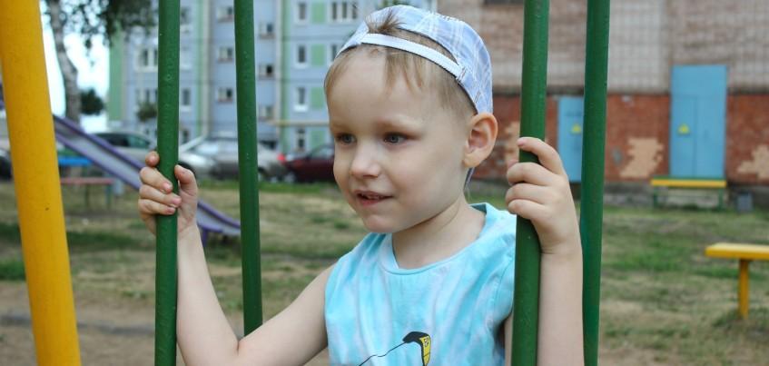 Нужна помощь: из-за болезни 5-летний Витя из Ижевска не может сказать слово «мама»