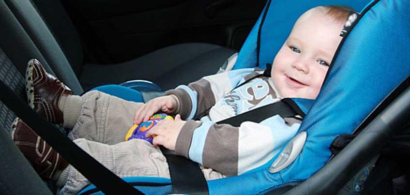 В Удмуртии ГИБДД будет проверять автомобилистов на использование детских кресел при перевозке детей