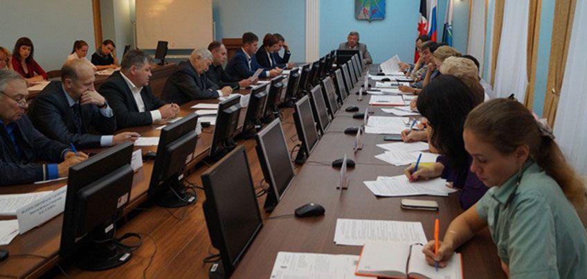 Руководителей ижевских организаций-неплательщиков налогов вызвали на Комиссию