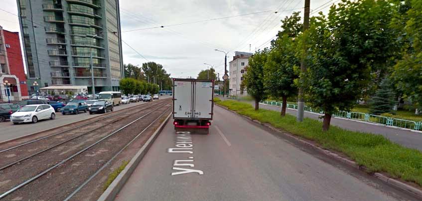 На участке улицы Ленина в Ижевске запретили парковку