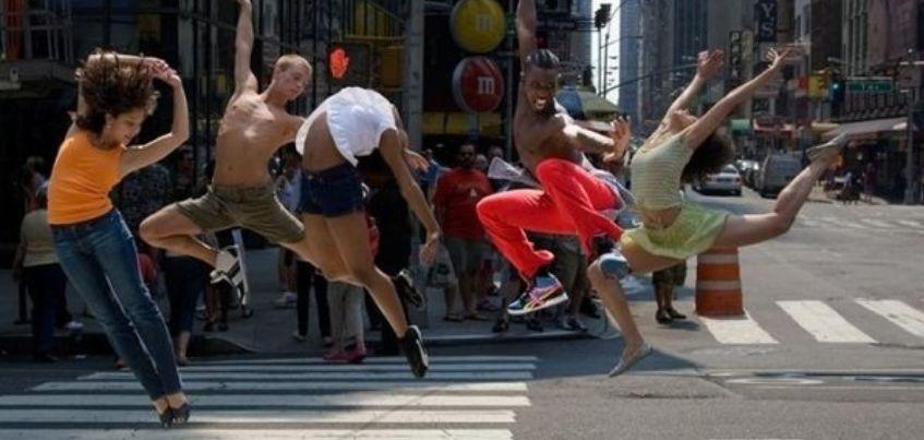 Танцевальный мастер-класс, День рождения зоопарка и Фестиваль фантастики: чем заняться в Ижевске с 9 сентября