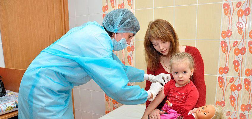 Клещи и грипп: когда ижевчанам делать прививки?