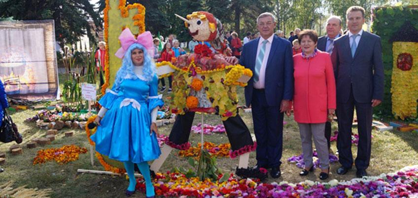 В Ижевске 9 и 10 сентября в сквере Победы проходит «Праздник цветов»