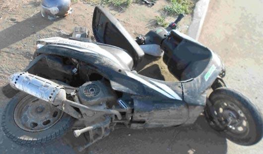 В Ижевске столкнулись скутер и учебная машина