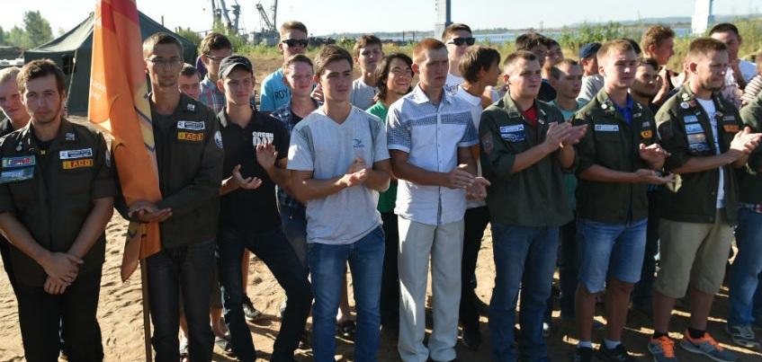 Студенты, работавшие на мосту через Каму, получили задержанную зарплату