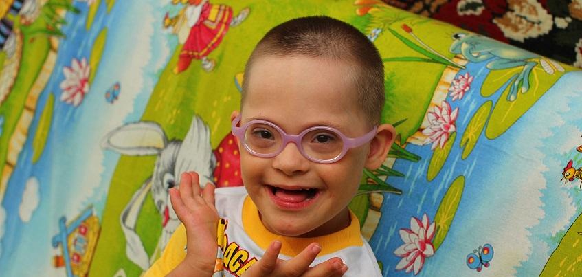 Марафон добра: 6-летнему Антоше с синдромом Дауна из Ижевска нужен лечебный велосипед