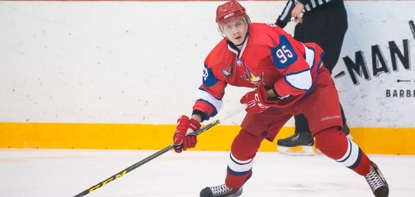 Хоккеист Артем Воробьев вновь сыграет в ХК «Ижсталь»