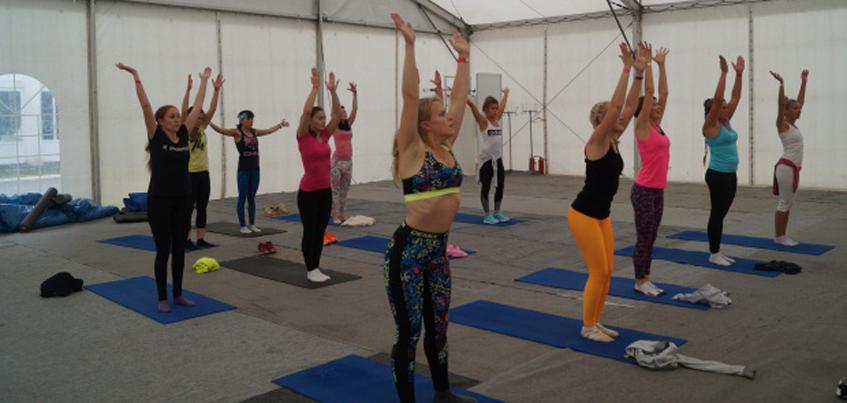 На Центральной площади Ижевска все желающие смогли посетить мастер-классы по разным направлениям фитнеса