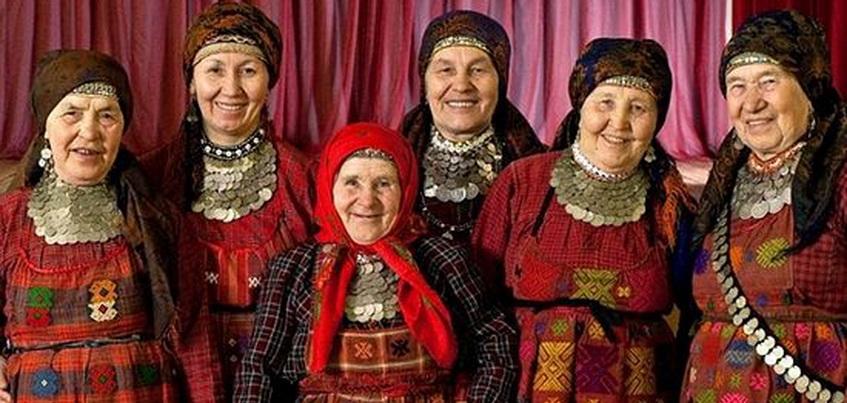 В Удмуртии «Бабушки из Бураново» спели на избирательном участке