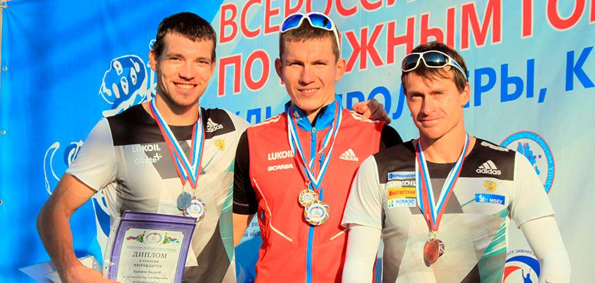 Лыжник из Удмуртии Максим Вылегжанин выиграл коньковую гонку на 15 км на всероссийском турнире