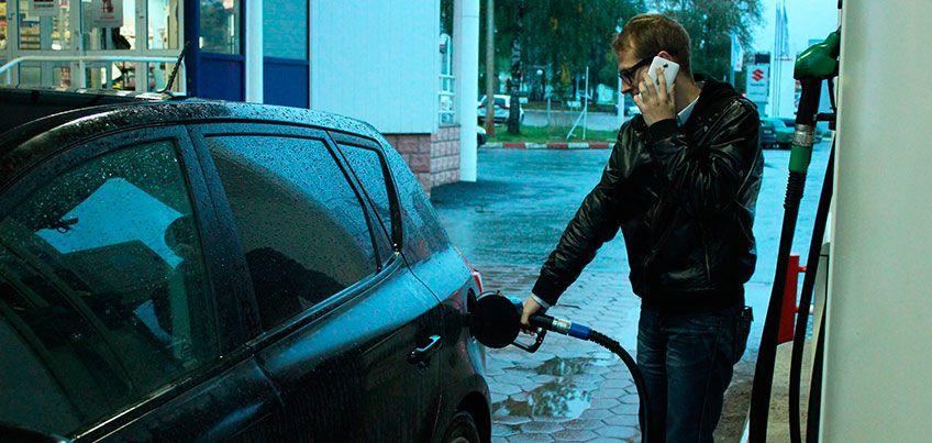 Почему на АЗС Ижевска нельзя разговаривать по телефону и есть ли у бензина срок годности?