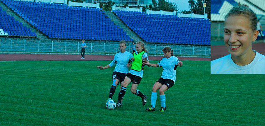 За женский ФК «Торпедо» играет футболистка, ставшая лучшим бомбардиром России в сезоне 2013-2014