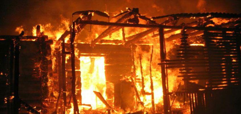 Поджигателя домов ищут в Кизнерском районе Удмуртии
