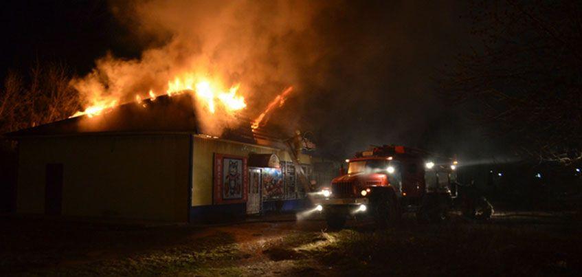 В Шарканском районе Удмуртии сгорел магазин