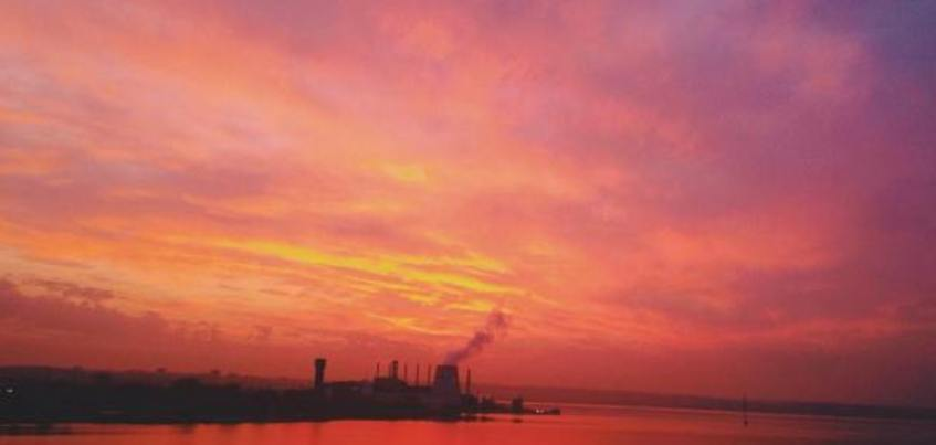 13 фееричных фотографий заката в Ижевске