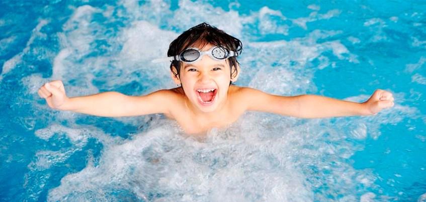 Где поплавать ижевчанам: 9 бассейнов города с адресами, контактами и ценами
