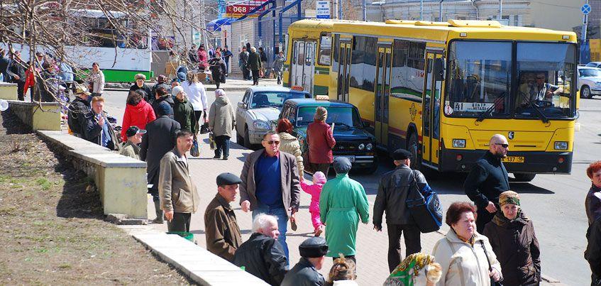 Дополнительные автобусы будут курсировать до кладбищ 8 октября