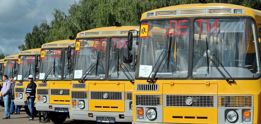 Безопасность школьных маршрутов проверили в двух районах Удмуртии