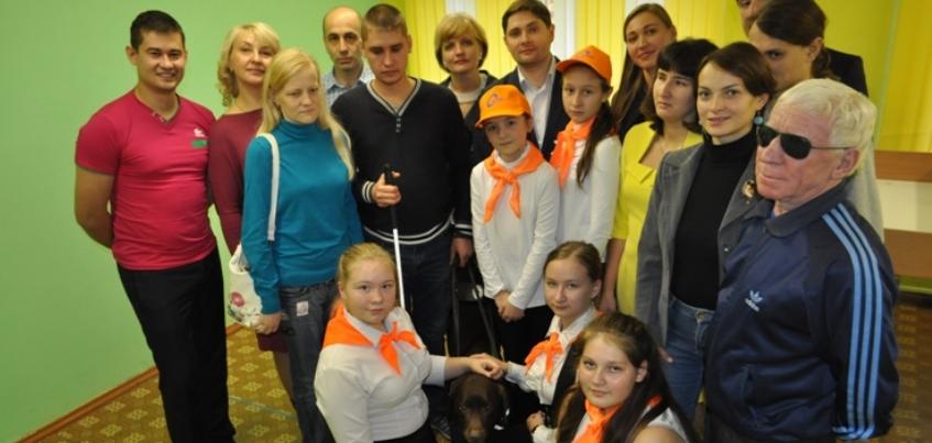 В Ижевске стартовал социальный проект «Теннис для слепых»