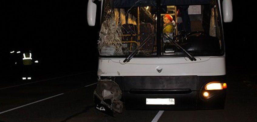 В Завьяловском районе Удмуртии автобус сбил женщину