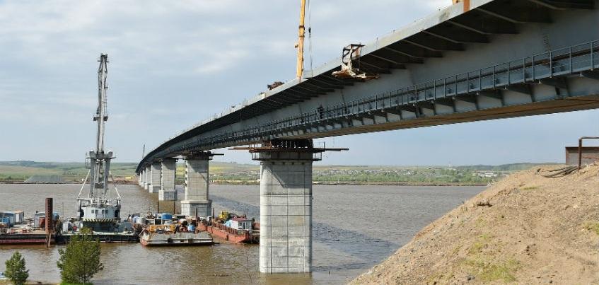 На мосту через Каму ведется подготовка пунктов по взиманию платы