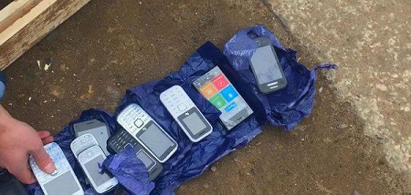 В Удмуртии в одну из колоний пытались провезти сотовые телефоны