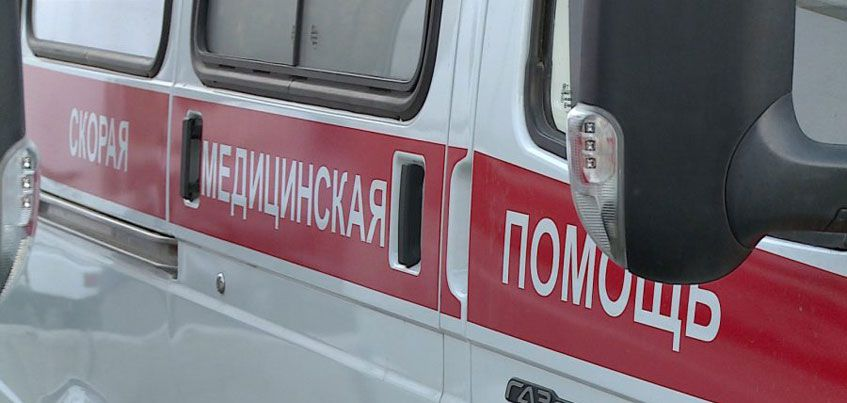В Удмуртии 18-летняя девушка выпала из автомобиля
