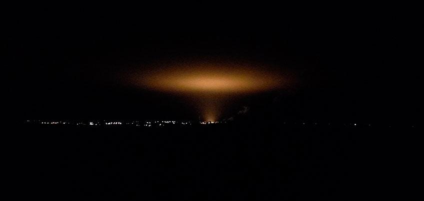 Ижевчане приняли свет от теплиц за высадку НЛО