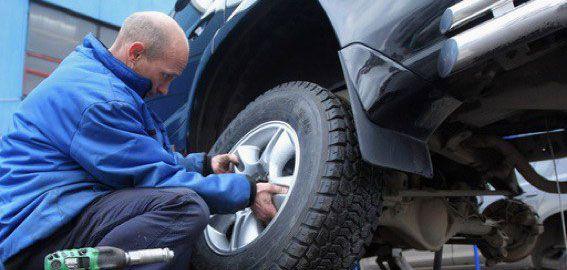 В эфире радио «Комсомольская правда» - Ижевск»: стоит ли вводить штраф за использование шин не по сезону