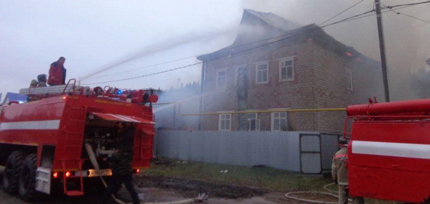 Пожарные Удмуртии спасли человека из горящего дома в Малопургинском районе