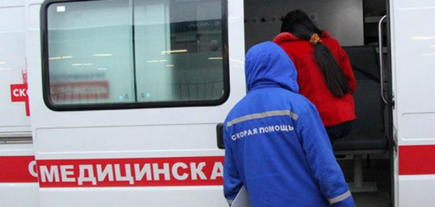 Из окна многоэтажки в Ижевске выпала девочка