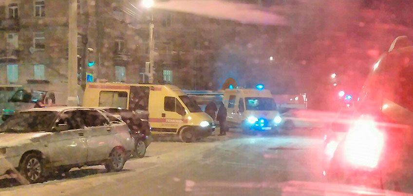 В Ижевске на улице Максима Горького Газель сбила трех человек