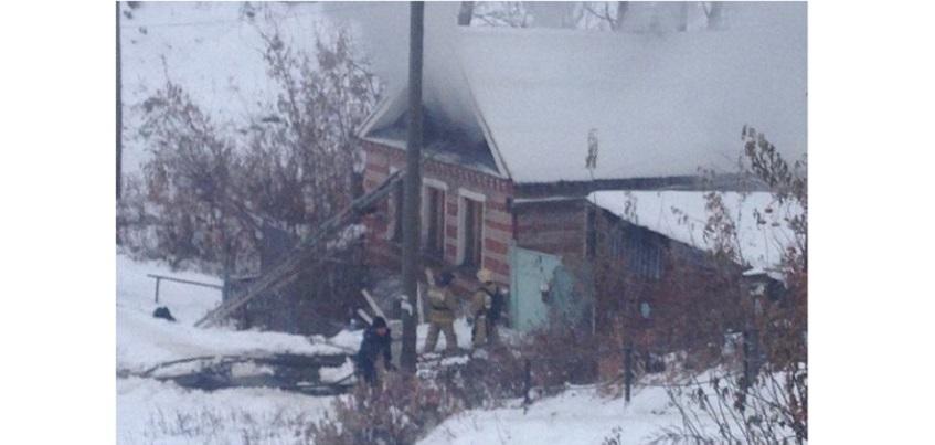 Ижевские пожарные выезжали на тушение дома в Ленинском районе