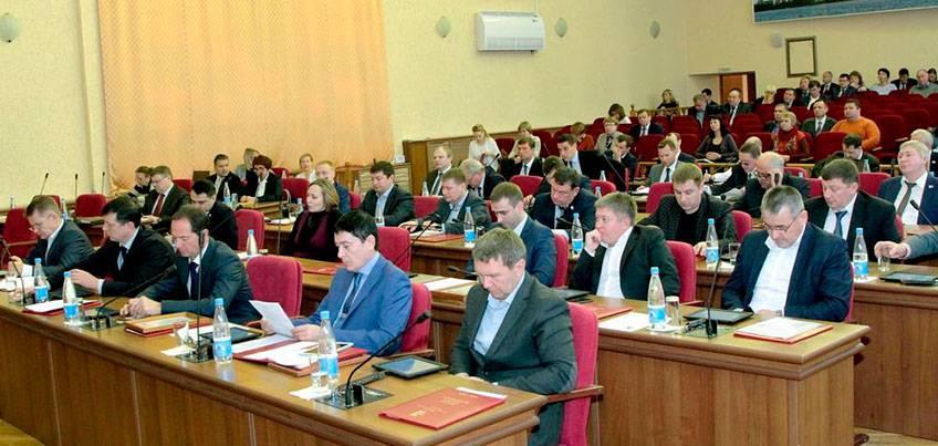 Депутаты Гордумы Ижевска внесли изменения в решение о Реестре наказов избирателей на 2017 год