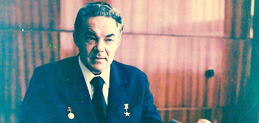 Люди с историей: почему Василия Тарасова называли самым человечным директором в советском Ижевске?
