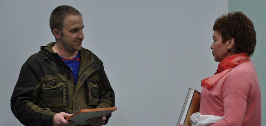 Житель Воткинска получил награду за спасение мальчика