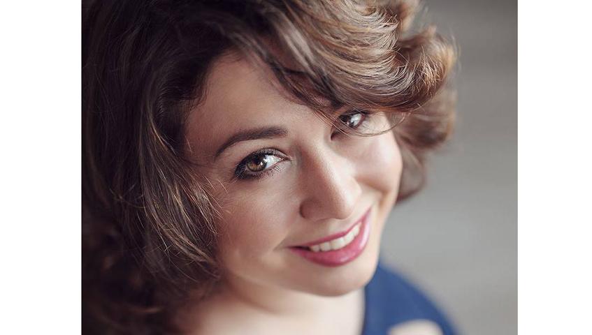 Книга ижевской писательницы Полины Гладыш победила в двух номинациях конкурса «Выбор читателей»
