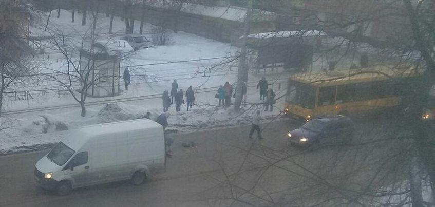 В Ижевске на улице Дзержинского «Газель» сбила  девочку