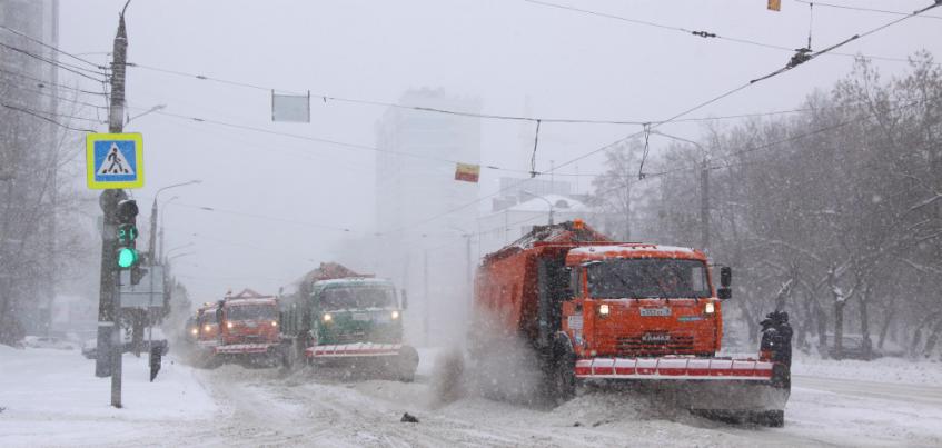 Администрация Ижевска: Для полноценной очистки улиц Ижевска от снега требуется 500 единиц техники