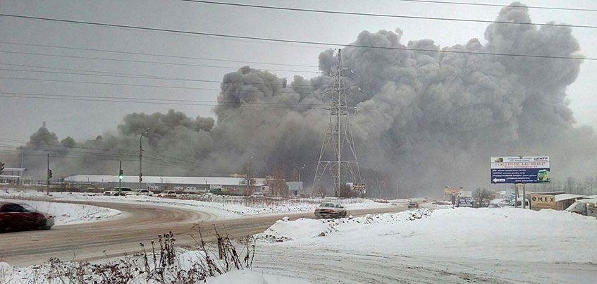 Пожар на складе гипермаркета и сокращение числа депутатов: чем Ижевску запомнится эта неделя